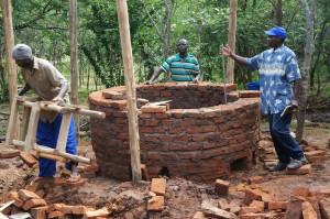 Bouwen van een houtbesparend fornuis